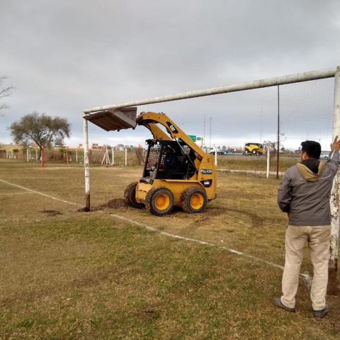 Trabajos en La Agustina - Cancha 9